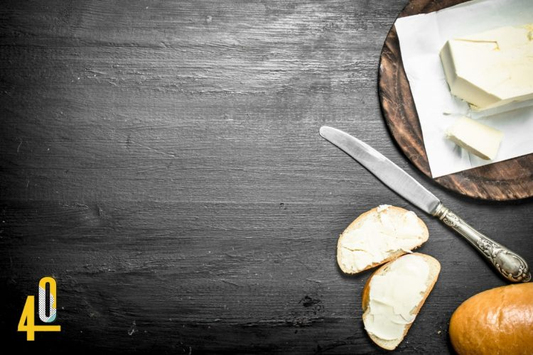 Butter und Margarine mit wenig oder ohne Zucker
